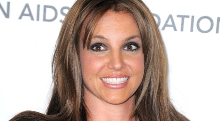 Oscars-2013-Britney-Spears-Debuts-Brunette-Hair-Photo
